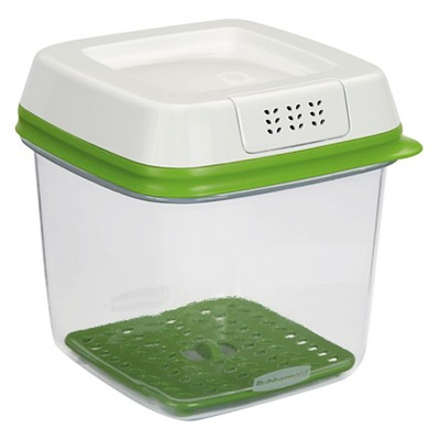 Rubbermaid 6.3 Cup FreshWorks Produce Saver Food Storage Container Green