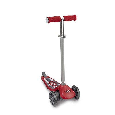 Radio Flyer 549BZ Lean 'N Glide Kids 3-Wheel Scooter with Light Up Wheels, Red