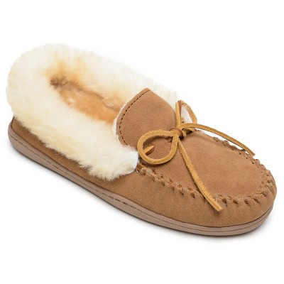 Minnetonka Women's Suede Alpine Sheepskin Moc Slipper
