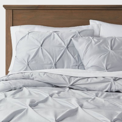 King Pinch Pleat Comforter & Sham Set Light Gray - Threshold™
