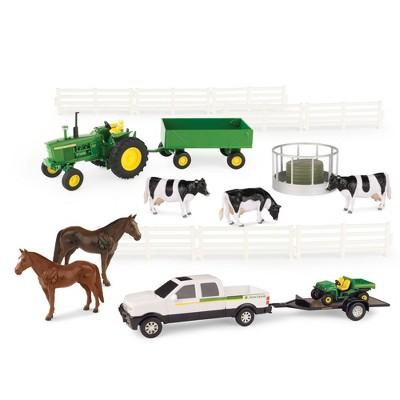 TOMY John Deere 1:32 Scale 20 Piece Farm Playset