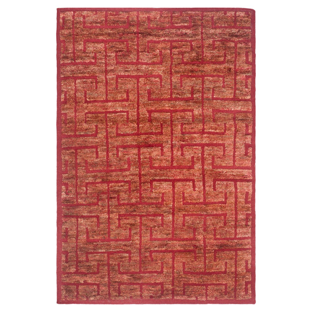 Red/Rust Geometric Knotted Area Rug - (5'X8') - Safavieh, Red/Red