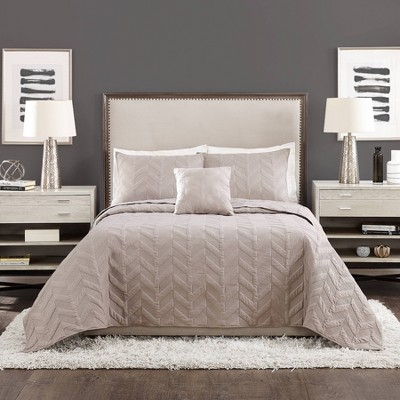 4pc King Texture Chevron Coverlet Set Gray - Ayesha Curry