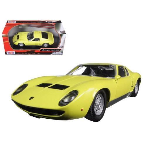 Lamborghini Miura P 400 S Yellow 1 24 Diecast Model Car By Motormax