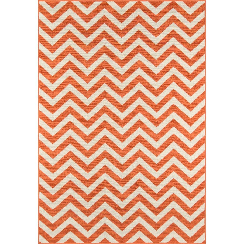 Indoor/Outdoor Chevron Accent Rug - Orange (4'x6'), Hyper Orange