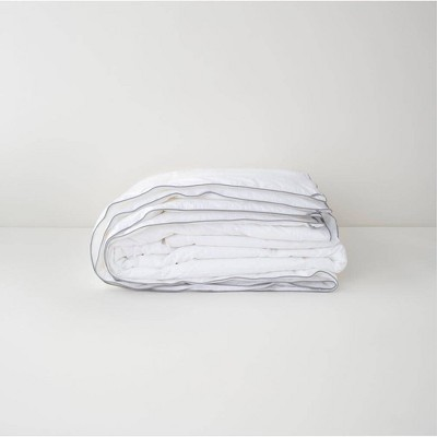 King/California King Medium Weight Down Alternative Comforter - Tuft & Needle
