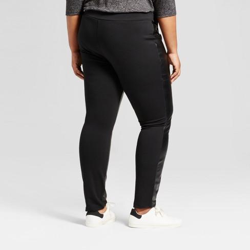 fe04e354fac0e Women s Plus Size Faux Leather Cropped Pants - Ava   Viv™ Black 4X   Target