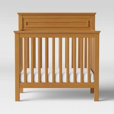 DaVinci Autumn 4-in-1 Mini Crib And Twin Bed - Chestnut