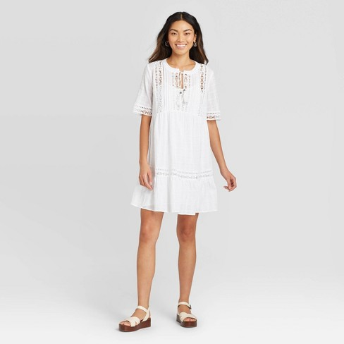 Women's Short Sleeve With Lace Details Shift Dress - Knox Rose™ - image 1 of 2