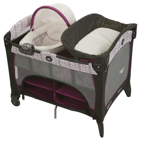 Graco® Pack n' Play Playard Newborn Napper DLX - image 1 of 4