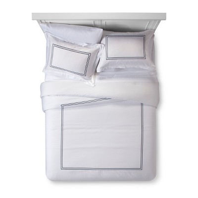 White/ Metallic Blue Hotel Comforter Set (Queen)- Fieldcrest®