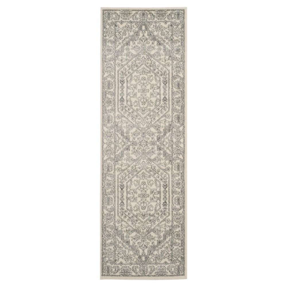 Aldwin Runner - Ivory/Silver (2'6x22') - Safavieh