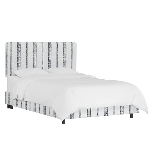 King Box Seam Bed Block Print Stripe Light Gray - Cloth & Company - image 1 of 4