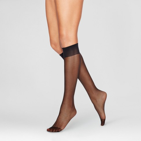 L'eggs Everyday Women's Reinforce Toe 10pk Knee High Pantyhose - Black One Size - image 1 of 1