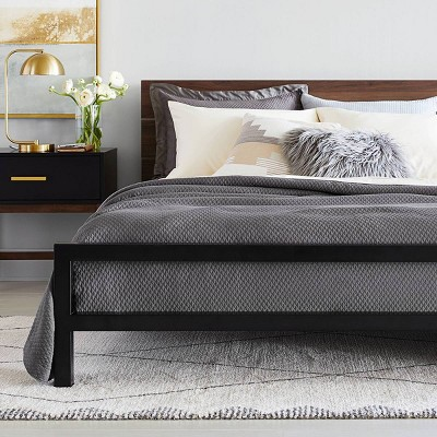 Gray & Black Bedroom Décor with Modern Coverlet Collection - Project 62™