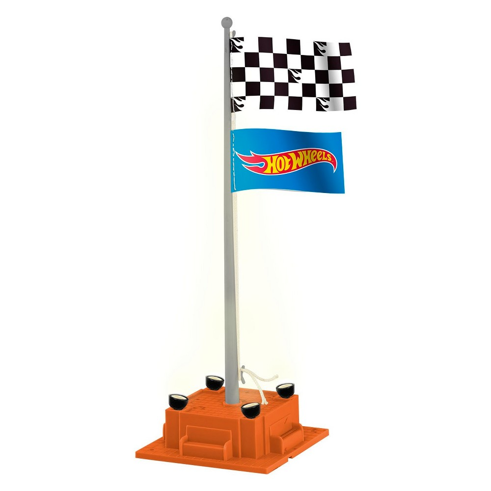 Lionel Hot Wheels Checkered Flagpole