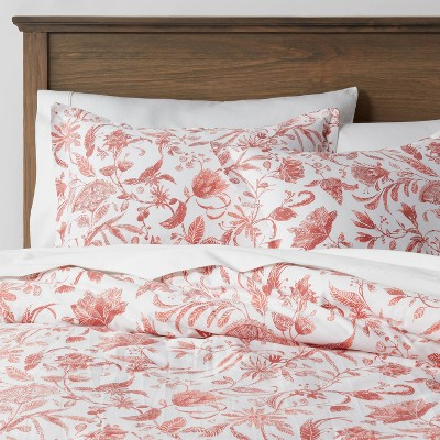 King Family Friendly Reversible Floral Printed Comforter Coral/White - Threshold™