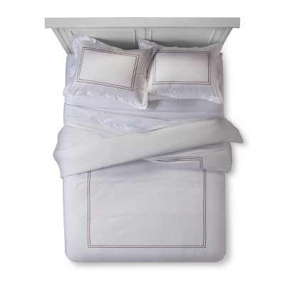 White/ Afternoon Tea Hotel Comforter Set (King)- Fieldcrest®