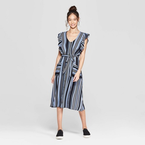 c6dea21fdb6 Women s Striped Short Sleeve V-Neck Button Front Tie Midi Dress with  Pockets - Xhilaration™ Sky Blue