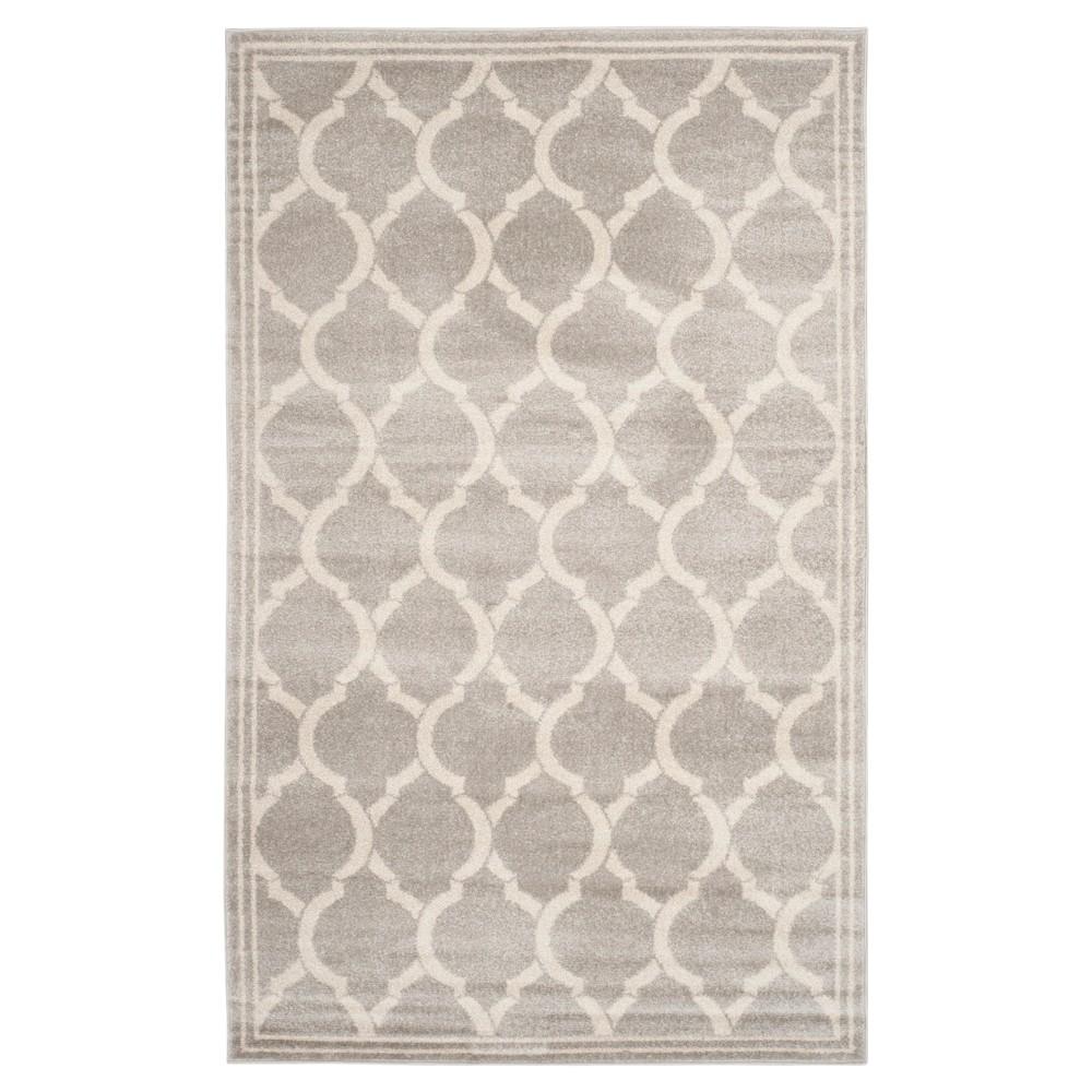 Light Gray/Ivory Geometric Loomed Area Rug 6'X9' - Safavieh
