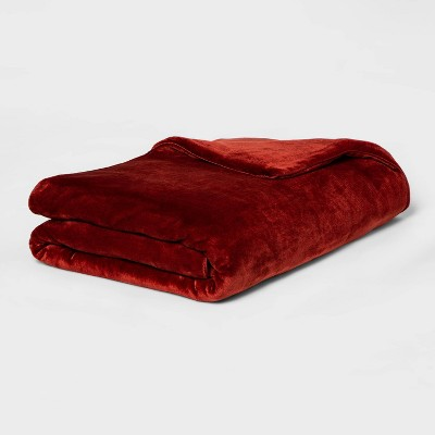 "55"" x 80"" 12lbs Micro Plush Weighted Blanket with Removable Cover Red - Threshold™"