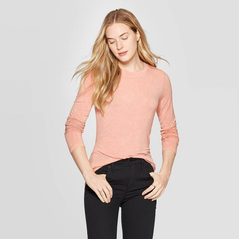 Women's Long Sleeve Crewneck T-Shirt - Universal Thread™ - image 1 of 3