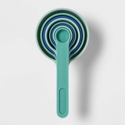 8pc Plastic Measuring Cups Green - Room Essentials™