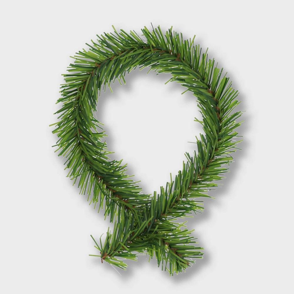 """Image of """"18""""""""/20pk Noble Pine Wreath Holder - GarlandTies"""""""