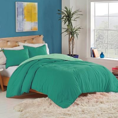 Full/Queen Solid Reversible Comforter Set Green - Utica