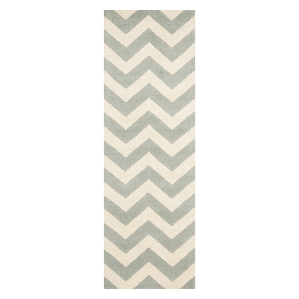 2'3X9' Chevron Runner Gray/Ivory - Safavieh