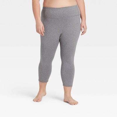 "Women's Simplicity Mid-Rise Capri Leggings 20"" - All in Motion™"