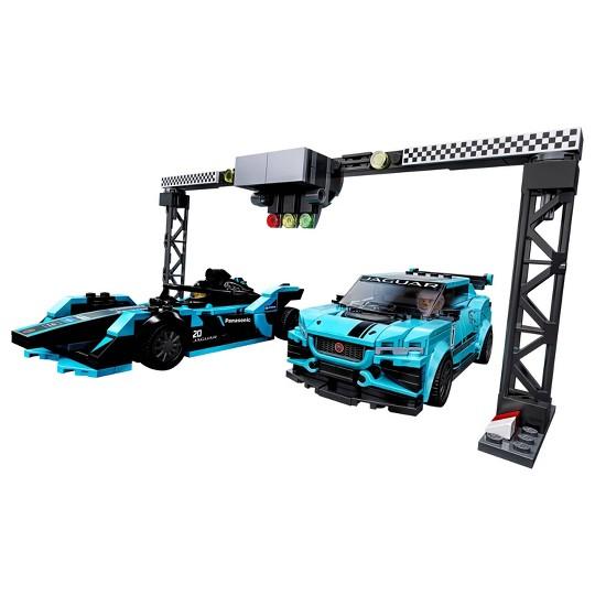 LEGO Speed Champions Formula E Panasonic Jaguar Racing Gen2 car and Jaguar I-PACE eTROPHY 76898 image number null