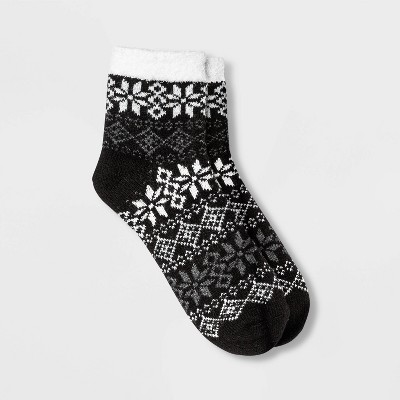 Women's Fair Isle Snowflake Double Lined Cozy Ankle Socks - A New Day™ Black 4-10