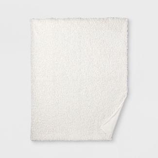 60u0022x50u0022 Sherpa Throw Blanket Cream - Threshold™