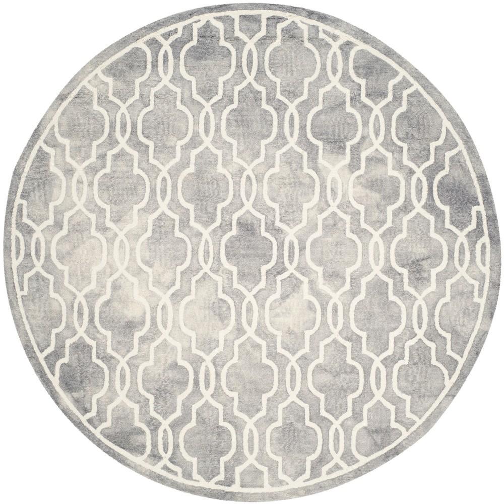7' Quatrefoil Design Round Area Rug Gray/Ivory - Safavieh