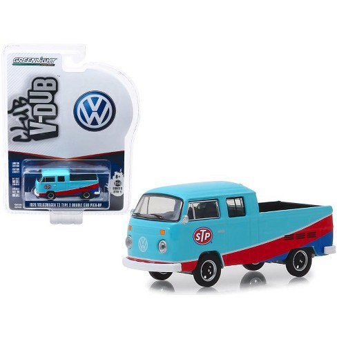 """1976 Volkswagen T2 Type 2 Double Cab Pickup Truck """"STP"""" Blue & Red """"Club Vee V-Dub"""" 1/64 Diecast Model Car by Greenlight - image 1 of 3"""