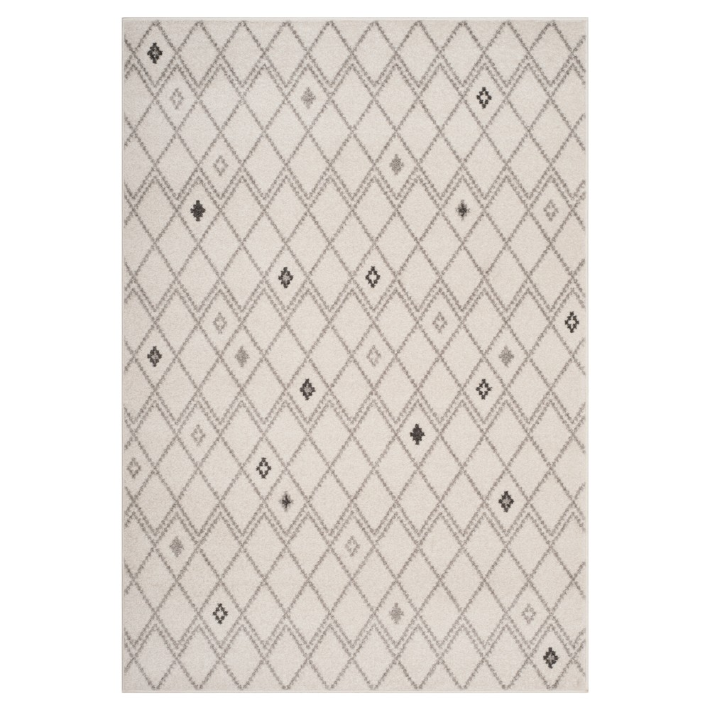 Ivory/Gray Geometric Loomed Area Rug 5'1