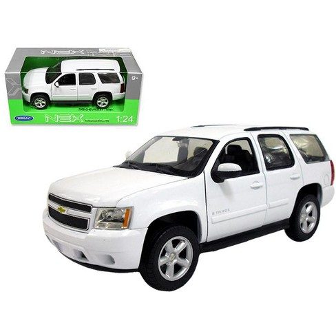 2008 Chevrolet Tahoe Street Version White 1 24 Cast Car Model By Welly Target