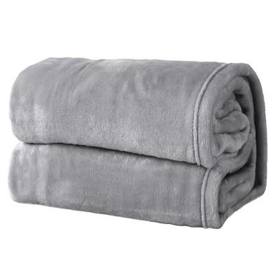 Great Bay Home Ultra Velvet Plush Solid Blanket