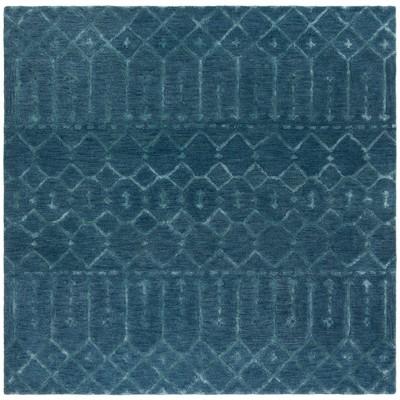 Shawna Geometric Design Tufted Rug - Safavieh