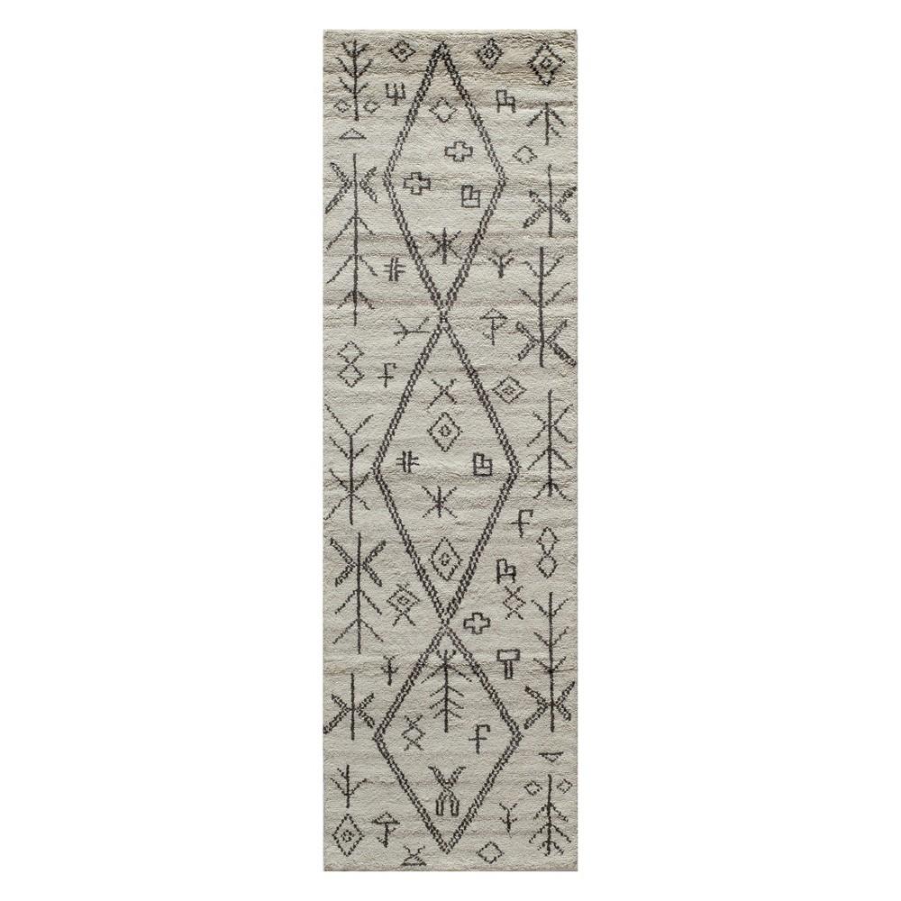 2'3X8' Geometric Knotted Runner Natural - Momeni, White Gray
