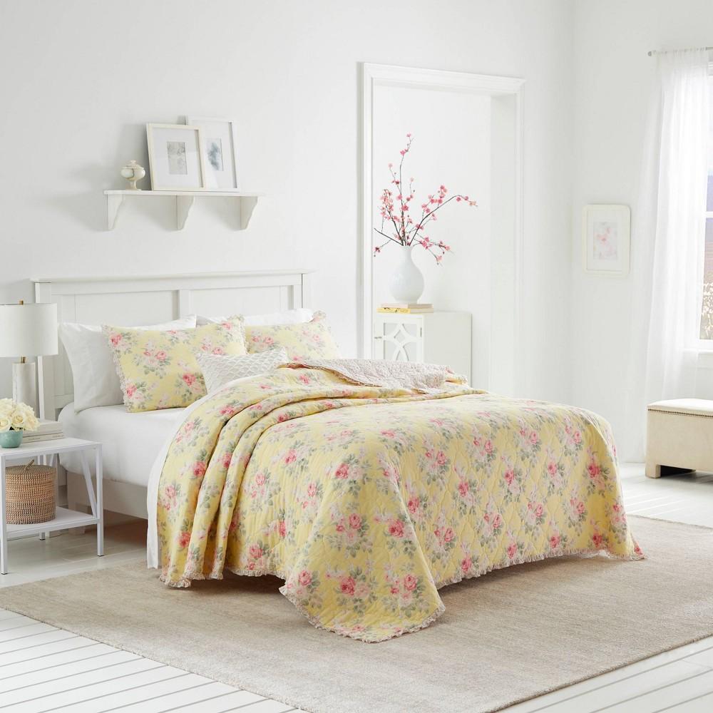 Image of King Melany Yellow Quilt - Laura Ashley