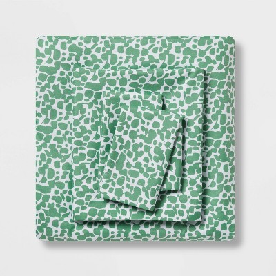 Queen Printed Microfiber Sheet Set Green Dot - Room Essentials™