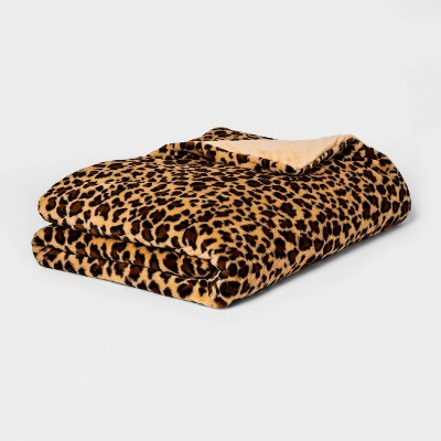 "55"" x 80"" 15lbs Faux Fur Weighted Blanket with Removable Cover Leopard - Threshold™"