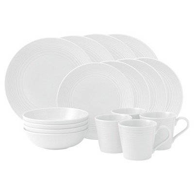 Gordon Ramsay by Royal Doulton® Maze Stoneware 16pc Dinnerware Set White