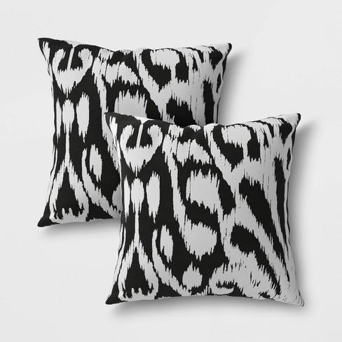 2pk Pea Ikat Outdoor Pillow Set
