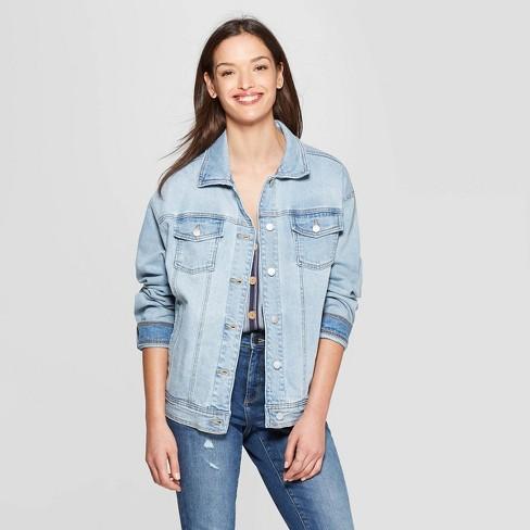 de71b11932 Women s Long Sleeve Denim Trucker Jeans Jacket - Universal Thread™ Light  Blue L   Target