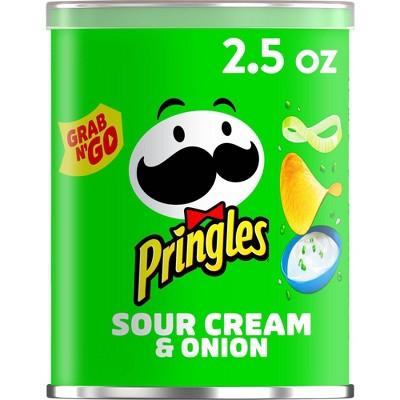Pringles Grab & Go Large Sour Cream & Onion Potato Crisps Chips - 2.5oz