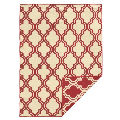 5'X7' quatrefoil Design Area Rug Red - Linon - image 1 of 3