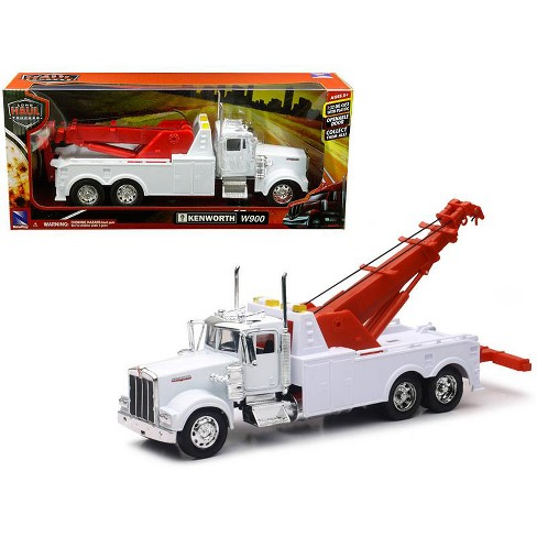 Kenworth W900 Wrecker / Tow Truck White 1/32 Diecast Model by New Ray - image 1 of 1